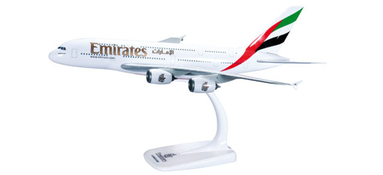 Herpa Snap-Fit Emirates Airbus A380-800 1/250 607018-001