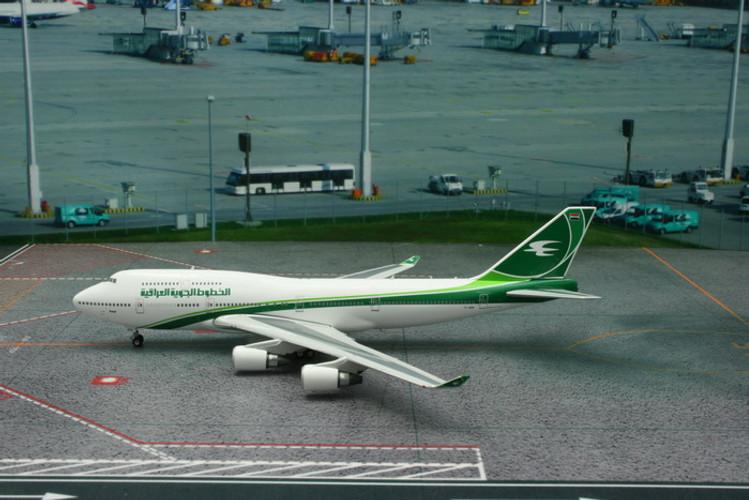 Phoenix Iraqi Airways Boeing 747-400 YI-ASA 1/400