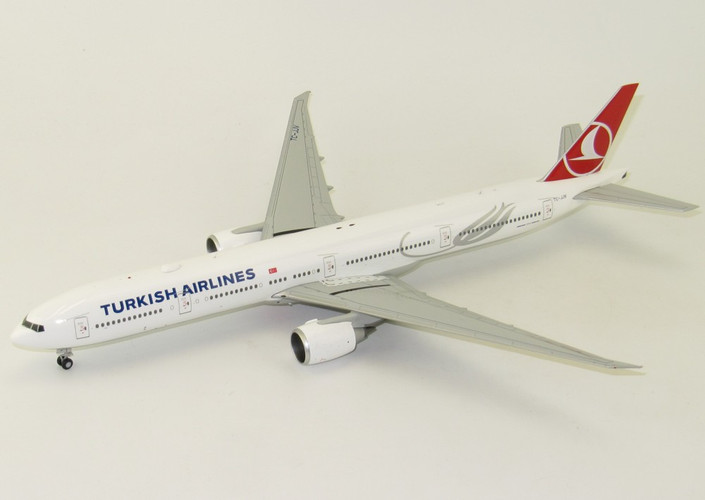 JC Wings Turkish Airlines Boeing 777-300ER with stand 1/200