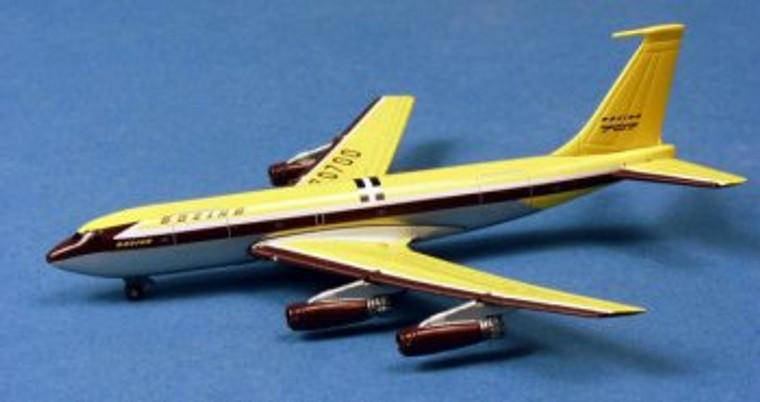 Dragon Wings Boeing 367-80 w/Tin Box 1/400 DW55752