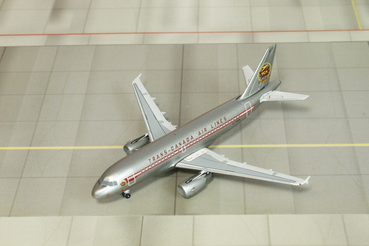 Dragon Wings Trans Canada Airlines Airbus A319 C-FZUH 1/400 DW55189