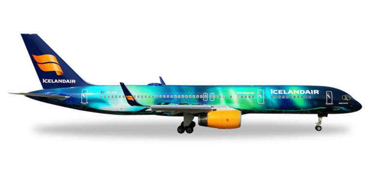 "Herpa Icelandair Boeing 757-200 ""Hekla Aurora"" 1/400 562539"