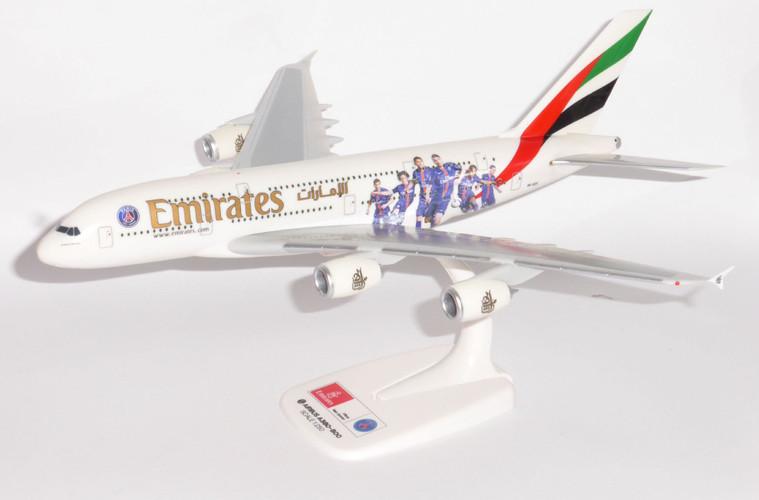 "Herpa Snap-Fit Emirates Airbus A380 ""Paris St. Germain"" 1/250 611152"