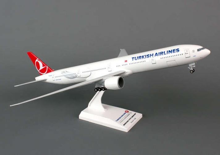 SkyMarks Turkish Airlines Boeing 777-300ER 1/200 SKR740