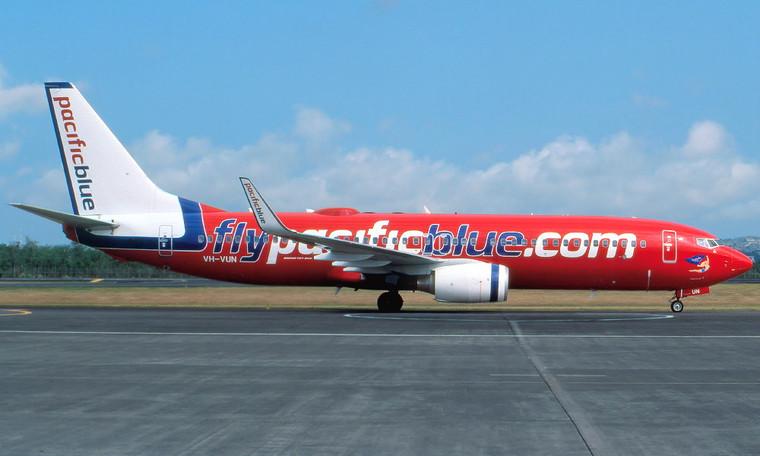 Phoenix Pacific Blue Airlines Boeing 737-800W VH-VUN 1/400