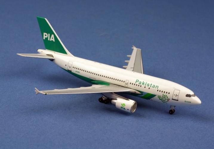 Aeroclassics PIA Pakistan Intn'l Airbus A310-300 AP-BEB 1/400