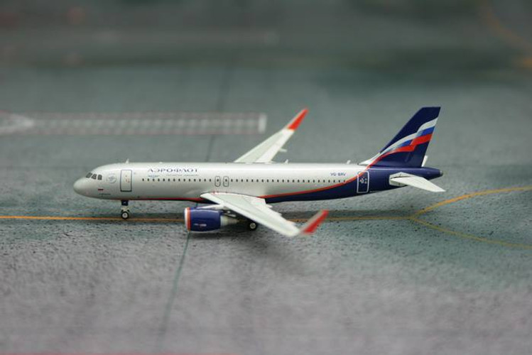 Phoenix Aeroflot Airbus A320 'Sharklets' VQ-BRV 1/400