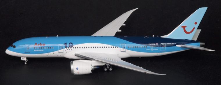 """JC Wings Arke Boeing 787-8 """"10 JAAR"""" 1/200"""