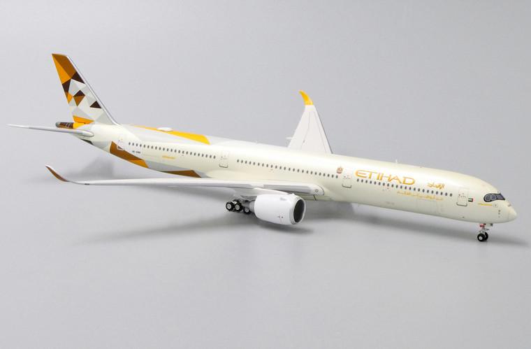 Aviation400 Etihad Airways Airbus A350-1041 A6-XWB 1/400 AV4050
