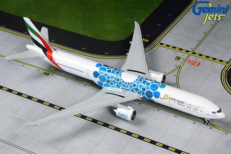 GeminiJets Emirates Boeing 777-300ER A6-EPK 1/400 GJUAE1834
