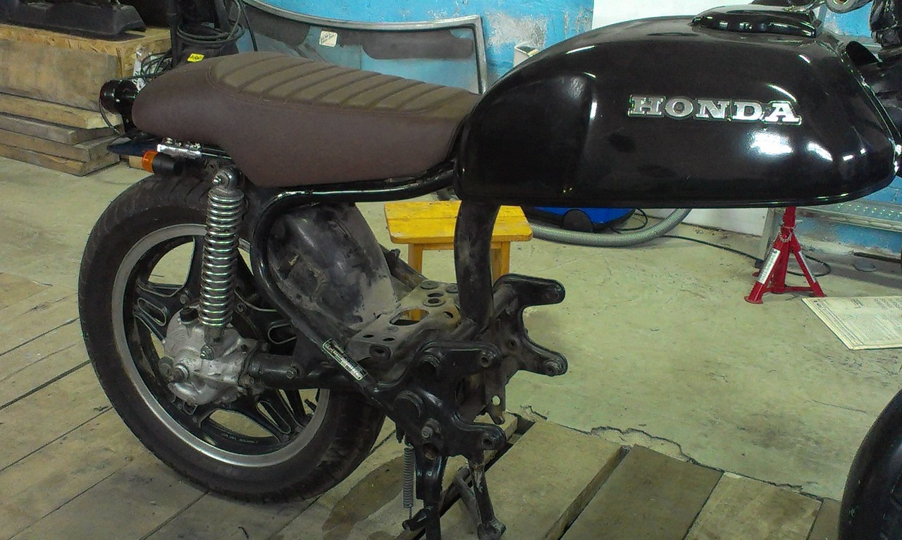 Honda CX500 Standard Deluxe / Shadow modified motorcycle seat pan extra length at the seating area #3178