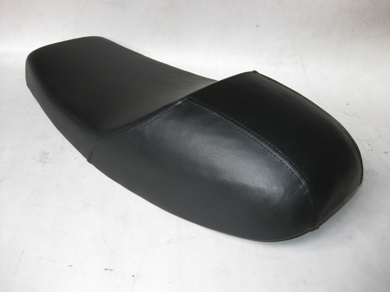 Honda CB350F cafe racer seat reproduce to Nos metal pan #4072