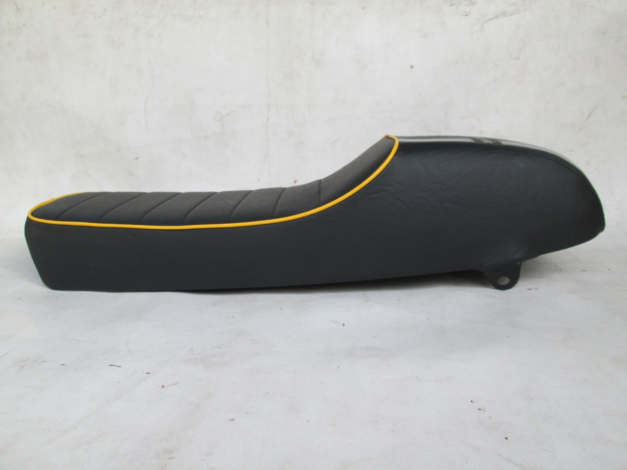 1968 Honda CB175 K0 CB175K0 Cafe racer seat with modified seat pan #4094