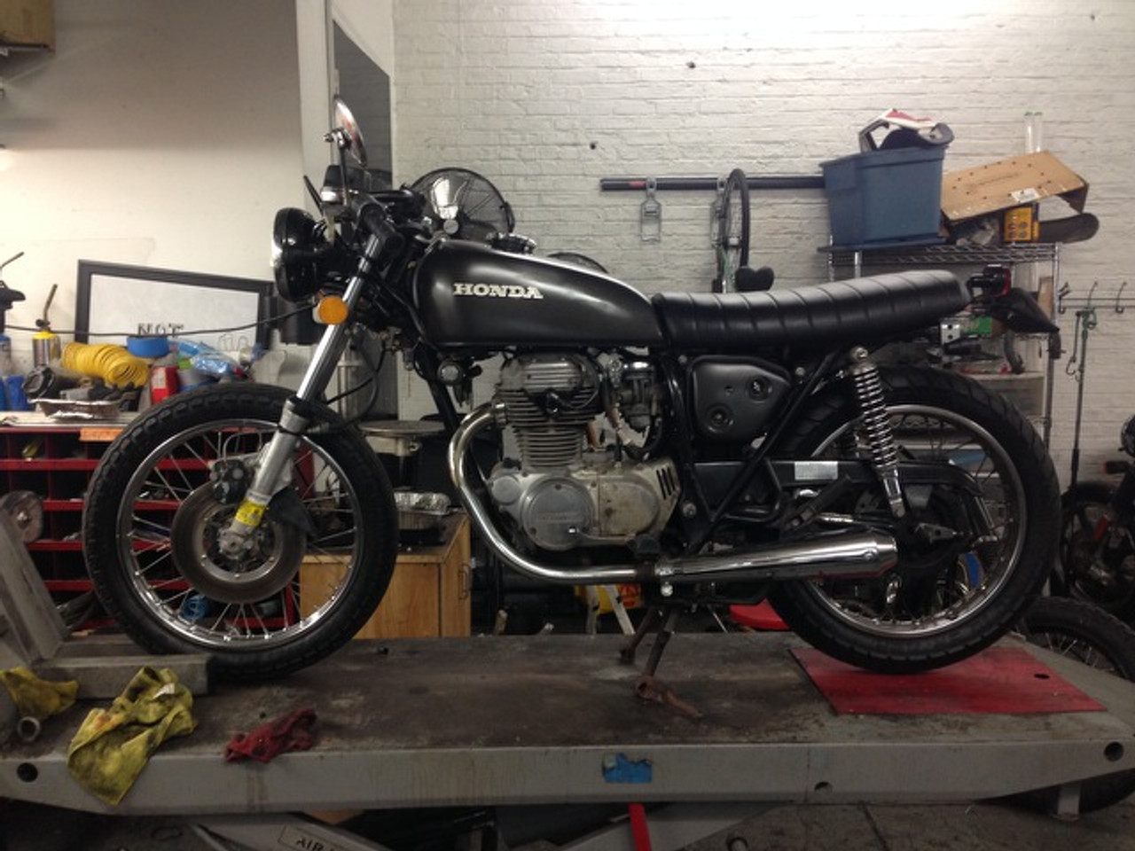 Honda CB360T CB360 Twin CB250 metal pan, work with original hinges no modification to the frame