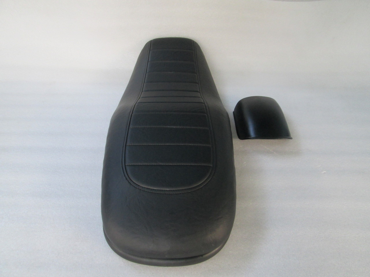 1979 - 1981 Honda Cafe Seat for CB750C or 1982 - 1983 CB750SC Nighthawk with modified pan end bar & free fender #4159