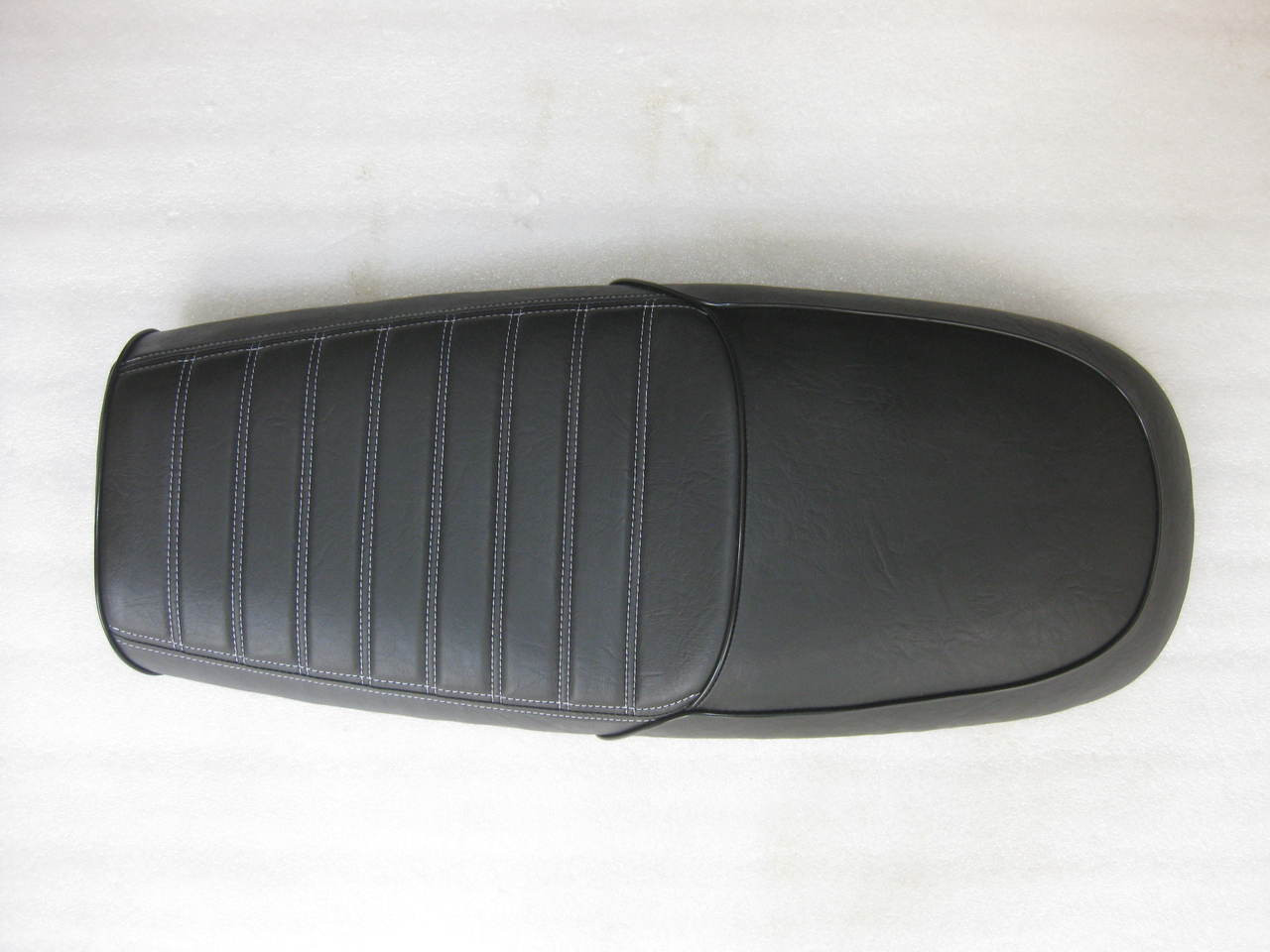 1980 - 1982 Honda CB750C CB750 C or  1982 - 1983 CB750SC Nighthawk Cafe Racer Complete Motorcycle Seat with Modified Seat Pan  #4206