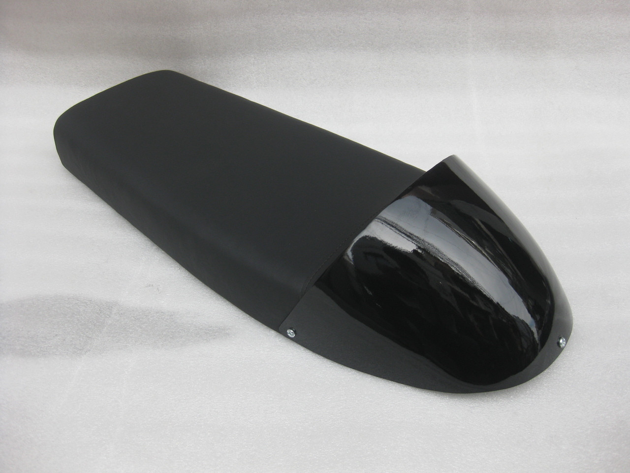 1976 - 1979 Yamaha XS750 Standard XS750F Cafe Racer Motorcycle Seat w/ modified seat pan BLACK cowl #4260
