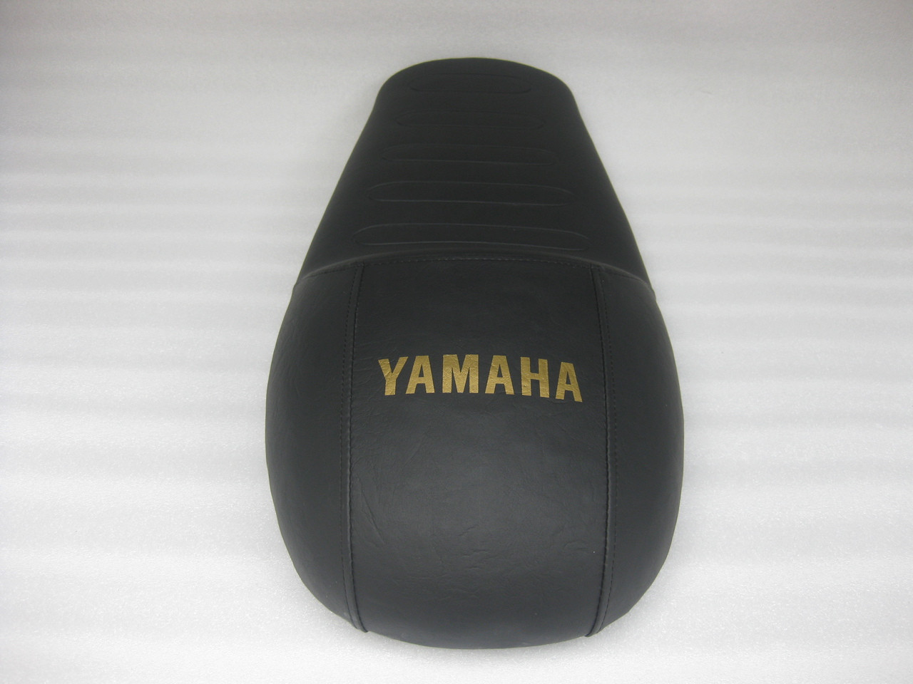 1976 - 1979 Yamaha XS750 Standard XS750F cafe racer race motorcycle seat with modified seat pan #4353