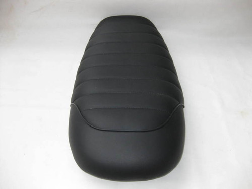 Suzuki T500 cafe racer seat reproduction to NOS pan #4096