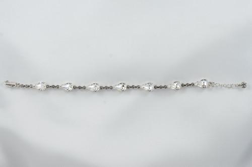 Bracelet with teardrops Swarovski stones