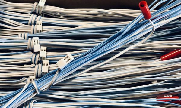 MJG Firewire Initiator: 3 Meter (9 Foot) With Quickplug