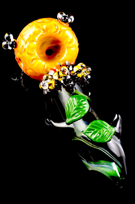 Wholesale Empire Glassworks hand pipe with bees.