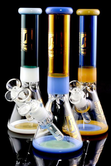Wholesale glass beaker water bongs for head shop resale.