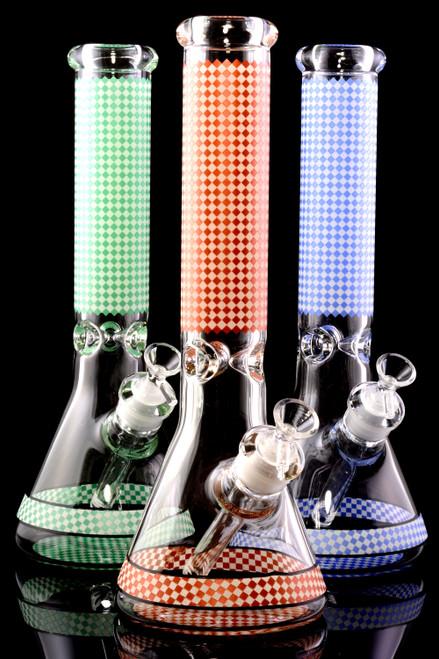 Bulk plaid beaker bongs for smoke shop resale.