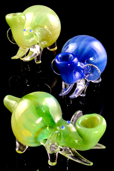 Wholesale elephant animal pipes for resale.