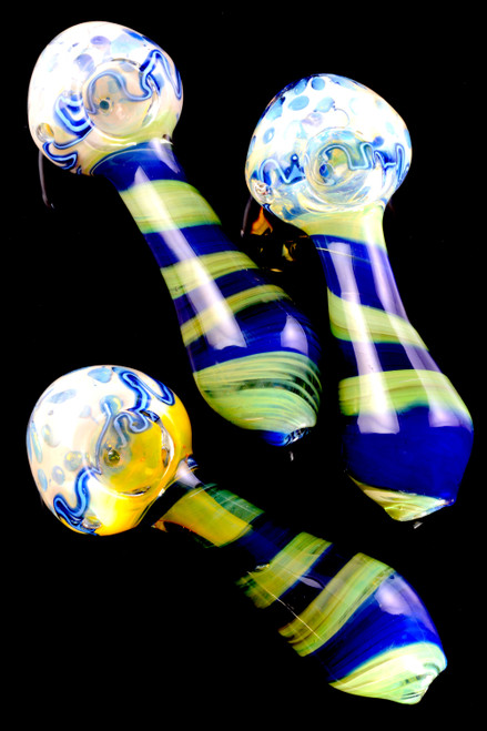 Wholesale reverse striped glass hand pipes in bulk.