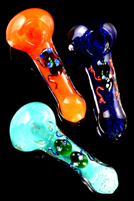 Wholesale glass frit critter pipes in bulk.