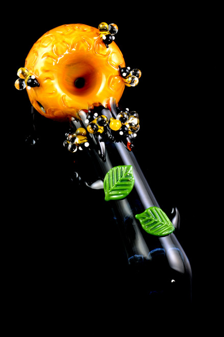 Bulk glass pipes made in the USA with bees.