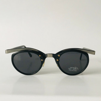 Icon Vintage Sunglasses 2026 02