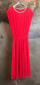 Vestido de Cavas Vermelho com Bolinhas Brancas