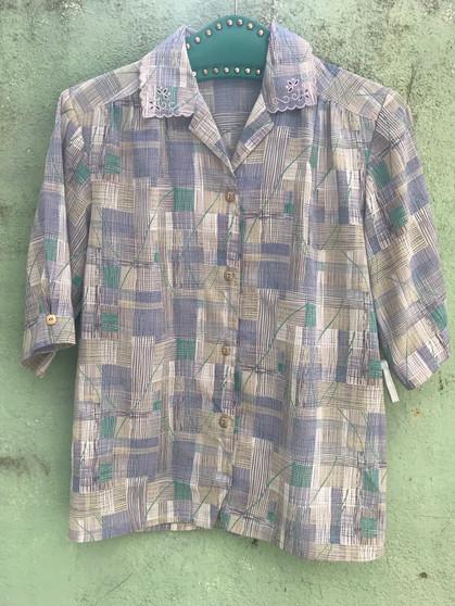 Camisa com Padrão Abstracto E Gola Bordada