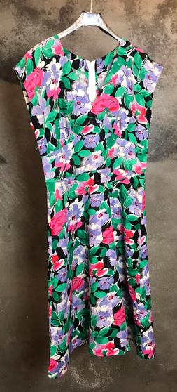 Vestido de Linho com Flores Anos 60