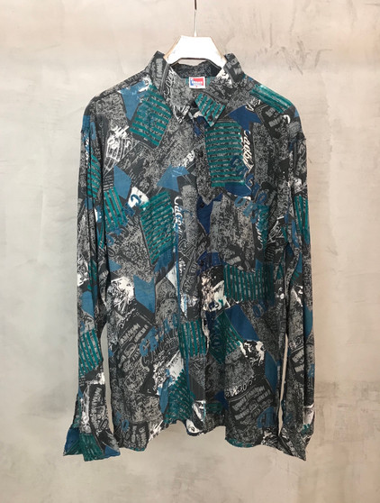Camisa 90s Abstracta Tons de Verde e Azul