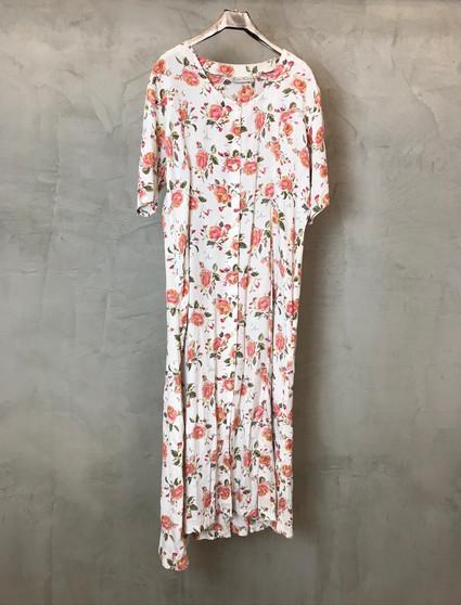 Vestido Branco com Flores dos Anos 90