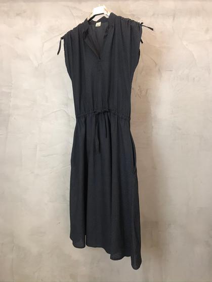 Vestido Preto com Bolinhas Brancas Anos 80