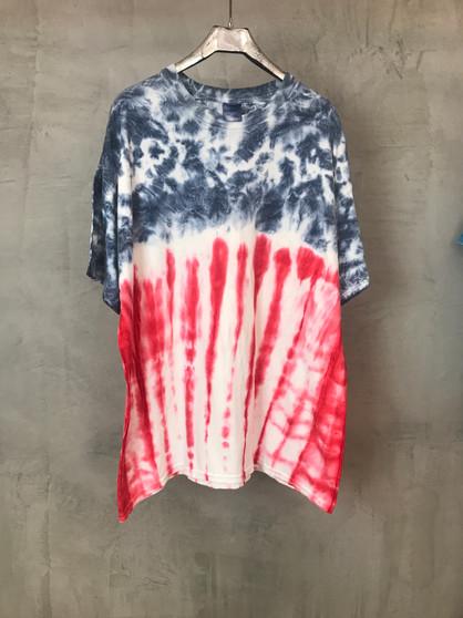 T-Shirt Tie & Dye Azul, Cinza e Vermelho