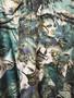 Camisa 90s Abstracta Tons de Verde com Faces
