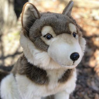 "18"" Romulus Timber Wolf Plush-Arrived"