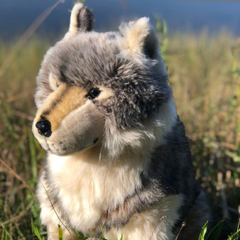 Maverick Limited Collection Standing Wolf