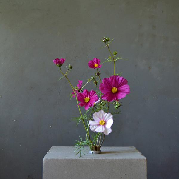 mini-kenzan-with-flowers