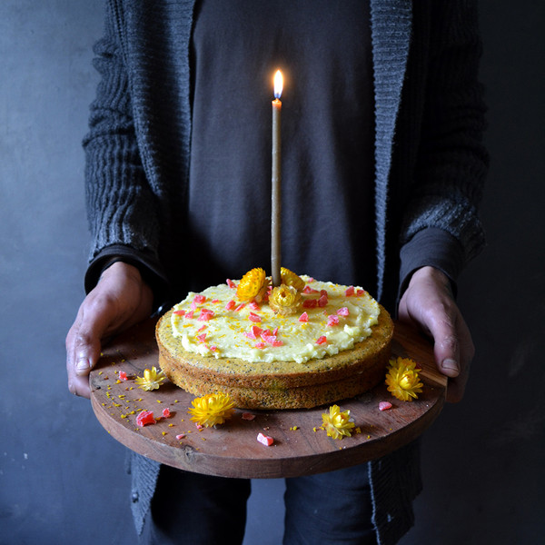 fos-candles-cake
