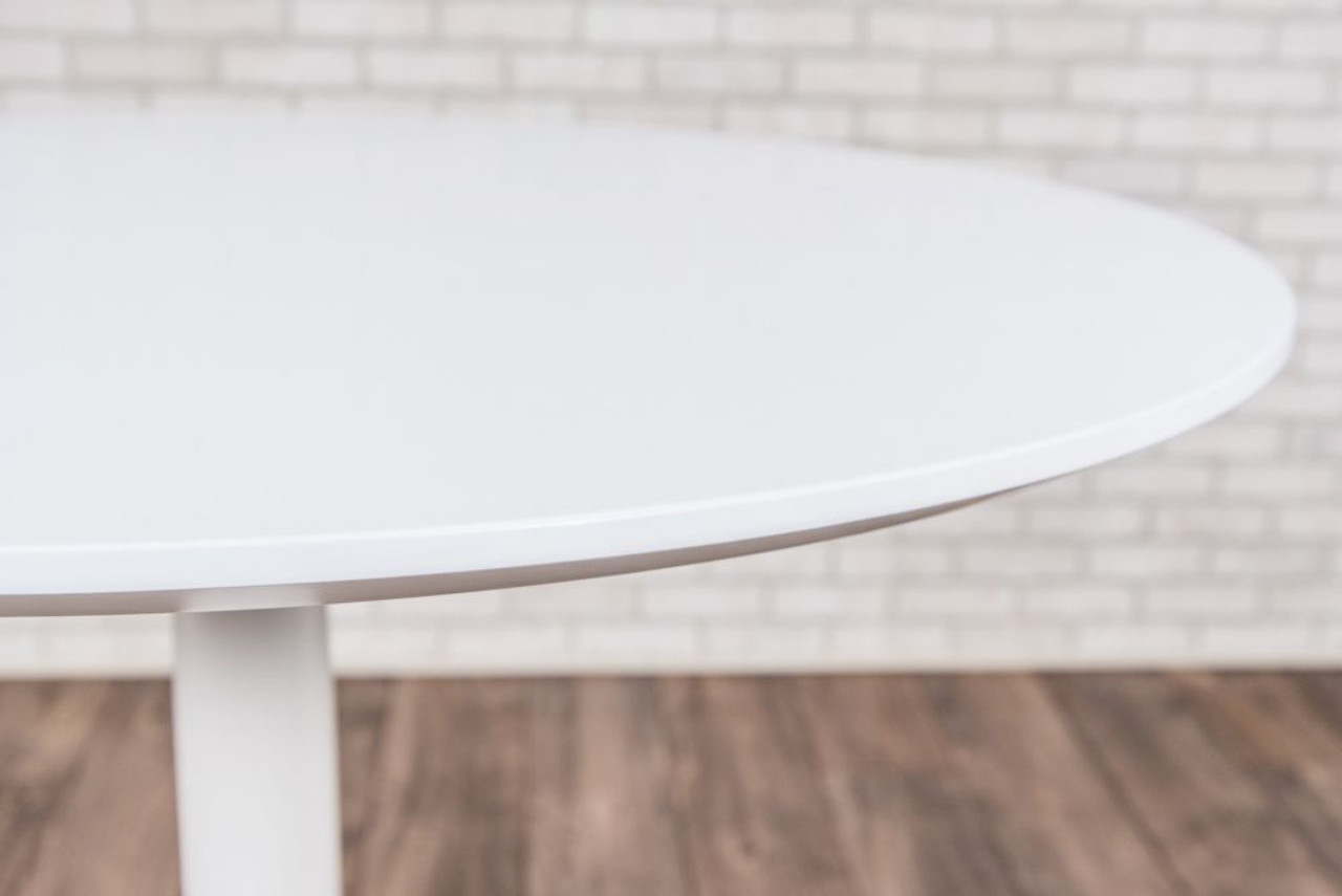 """32"""" PNEUMATIC HEIGHT ADJUSTABLE ROUND CAFÉ TABLE"""