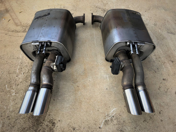Genuine S/H Holden VF S2 V8 Rear Mufflers Bi- Modal Pair Sedan