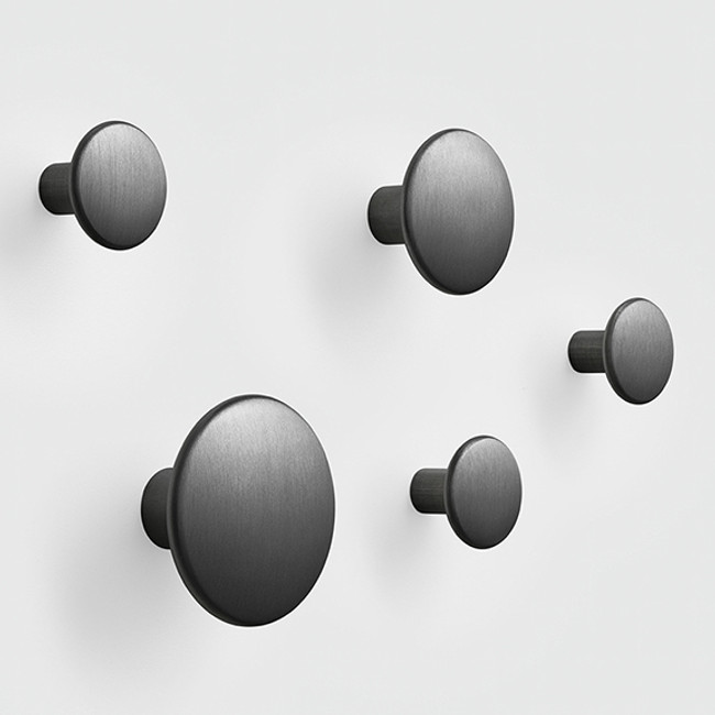 Muuto Metal Dots in black