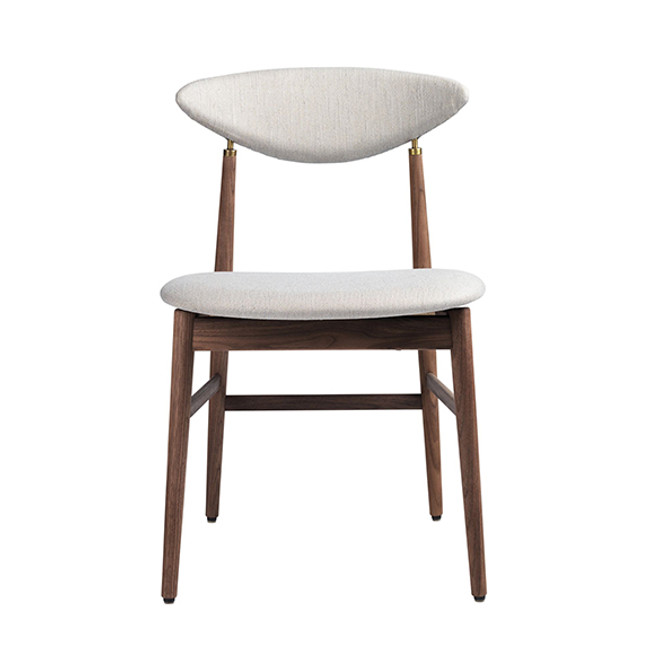 Gubi Gent Dining Chair in Dedar Sinequanon 009/walnut base