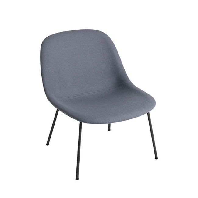 Muuto Fiber Lounge Chair Tube Base in Divina 154 seat / black base